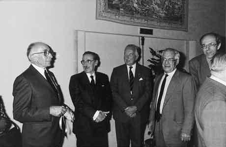 Association 4as chroniques d 39 un m tier 30 ans d 39 activit s spatiales de 1963 1993 alcatel - Bureau de poste gennevilliers ...